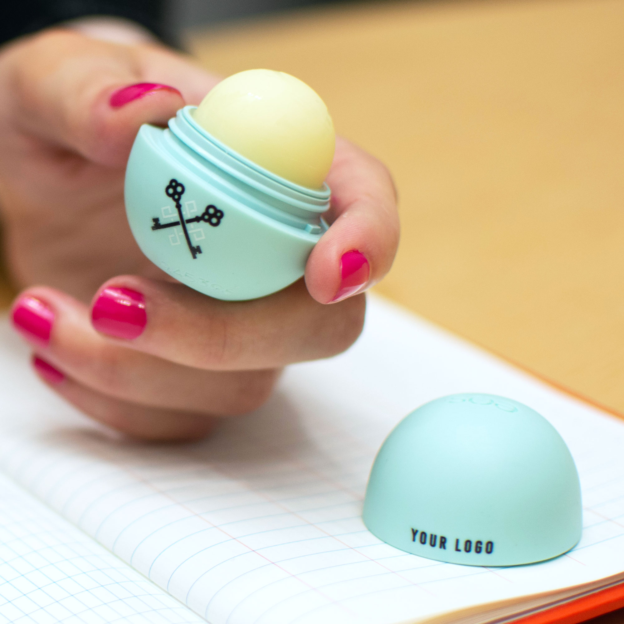 EOS Lip Balm Sweet Mint (open)